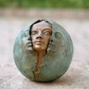 a face in stature